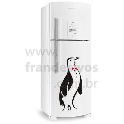 Adesivo de Geladeira Pinguim Elegante