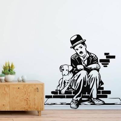 Adesivo De Parede Charlie Chaplin Sentado Em Tijolos