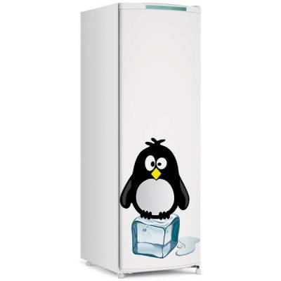 Adesivo de Geladeira Pinguim em cima do Gelo 2