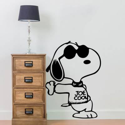 Adesivo De Parede Snoopy De Moletom