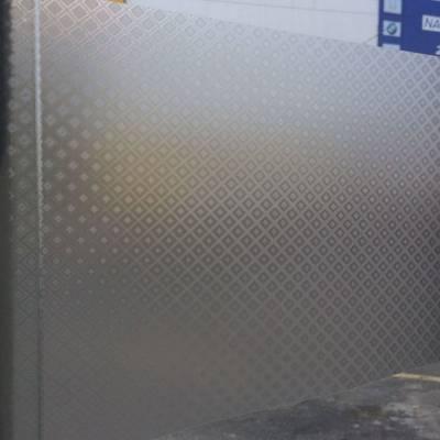 Adesivo Decorativo Jateado Losango Para Vidro, Box, Janela, Porta 50cm De Largura