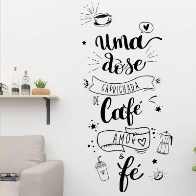 Adesivo de Parede Frase Uma Dose Capricha de Café Com Amor e Fé