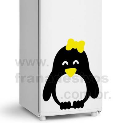 Adesivo de Geladeira Pinguim com Laço 2