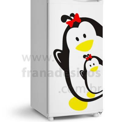 Adesivo de Geladeira Pinguim com laço