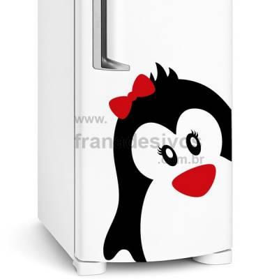 Adesivo de Geladeira Pinguim Fêmea de lacinho