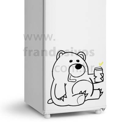 Adesivo de Geladeira Urso / Ursinho Tomando Cerveja
