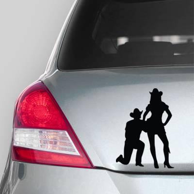 Adesivo de Carro Caw Boy Pedindo em Casamento